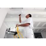 Этапы проведения покраски потолка